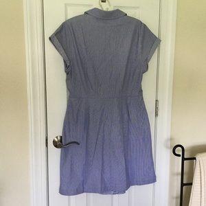 Vineyard Vines Dresses - NWT Vineyard Vines Stripe Tie Front Shirt Dress